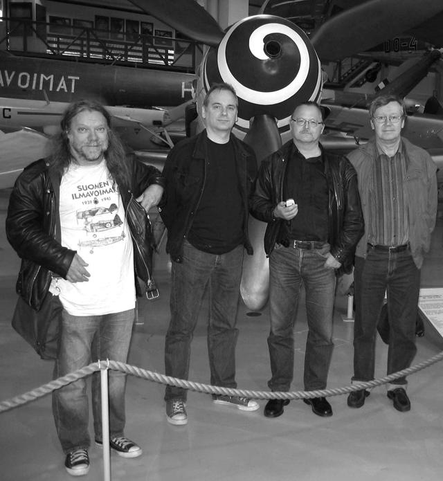 Moog Konttinen (vas.), Markku Paretskoi, Hannu Lukkarinen ja Tarmo Koivisto.